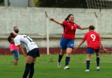 Fotogalería de la goleada de Nacional Femenino.