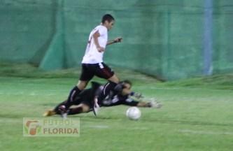 Lo tuvo Ledesma.solo slito y solo, pero Gonzalez le ganó el mano a mano
