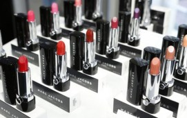 marc-jacobs-beauty-collection-lipstick