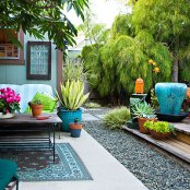 Digging this container garden