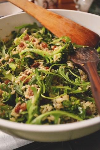 brokkolis rizssaláta