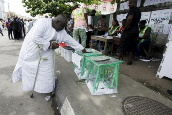 Man casting his vote at a polling unit in Apapa, Lagos Source: Reuters
