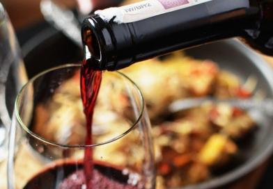 7 Amazing Uses of Red Wine