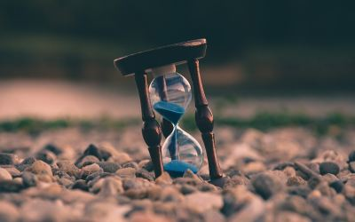 Momentous: A Poem On The Value Of Time