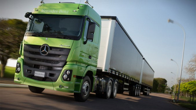 Mercedes-Benz fecha 2016 com aumento de market share