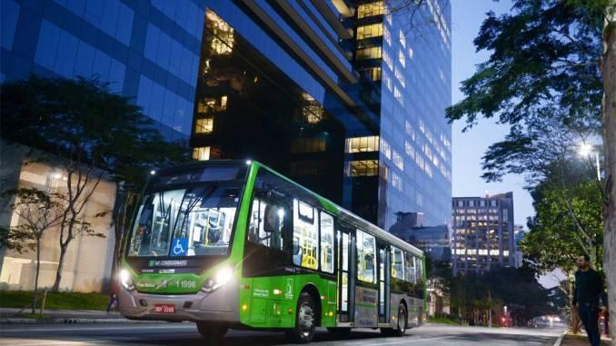 ônibus Volvo B250R