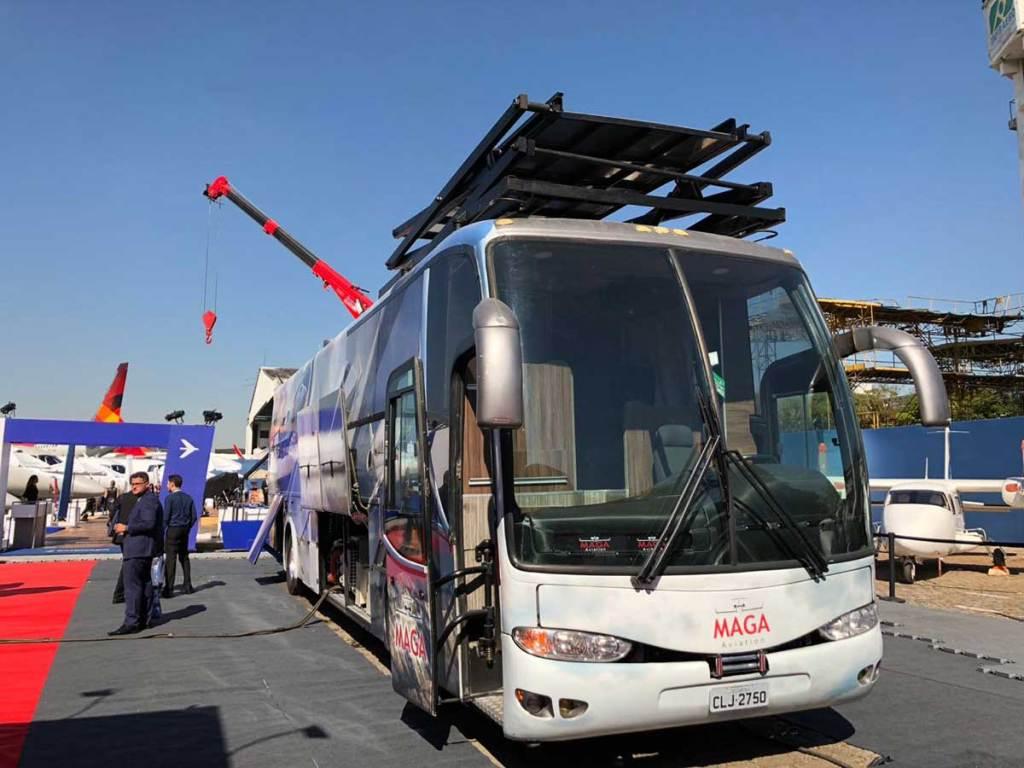 Ônibus oficina para aviões
