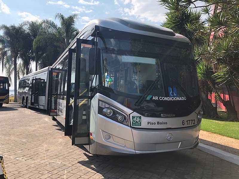 vendas de ônibus - O-500 UDA piso baixo