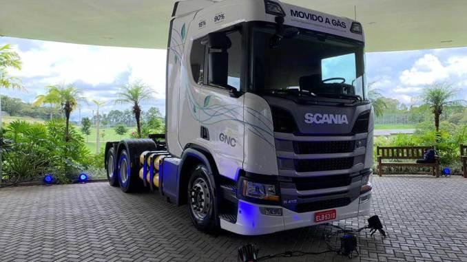 caminhão scania a gás