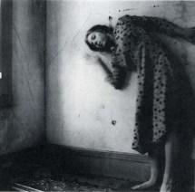 Francesca Woodman: Bir melek olmak üzerine 20