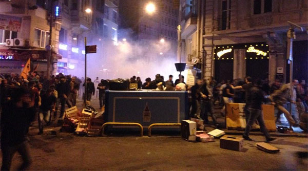 Kobane protests in Turkey: At least twelve reported dead 7