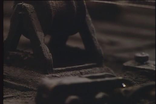 Street of Crocodiles (1986) 8
