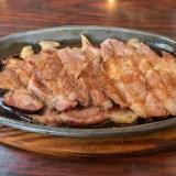 モカ 豚のしょうが焼き定食の豚肉