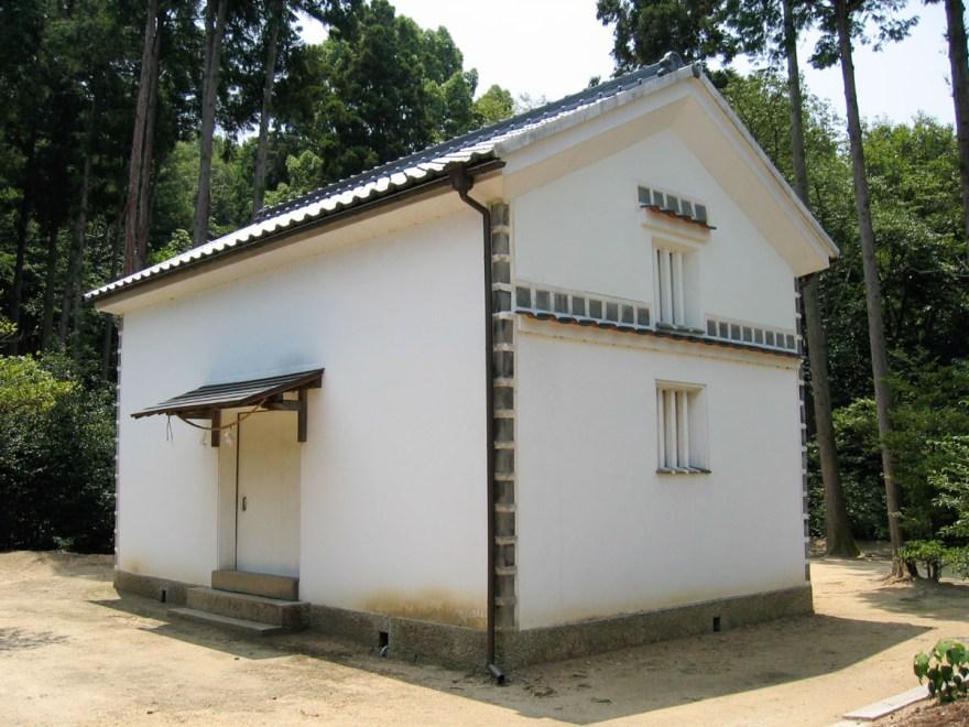 安仁神社:宝物庫