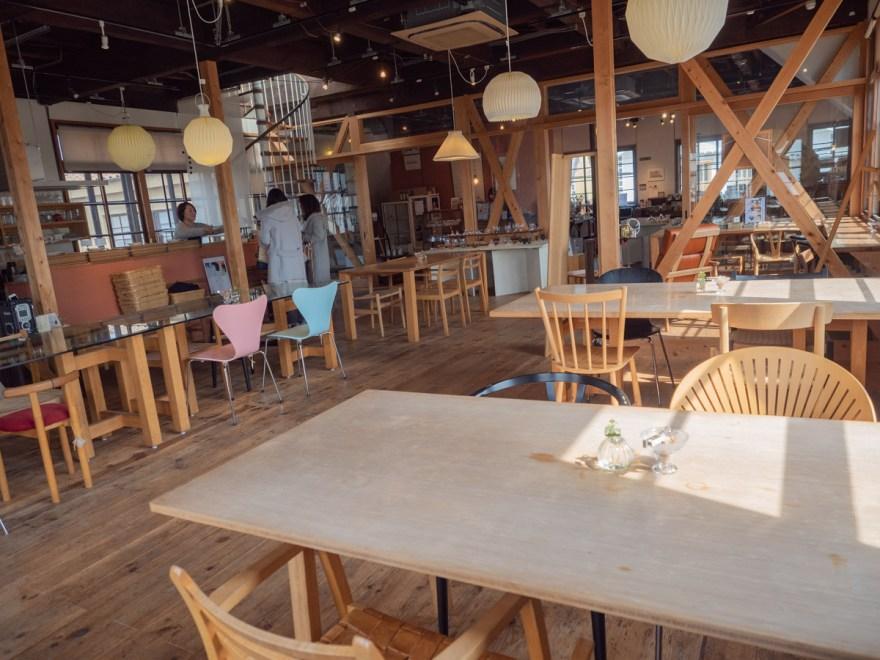 shop&cafe三宅商店:店内のようす