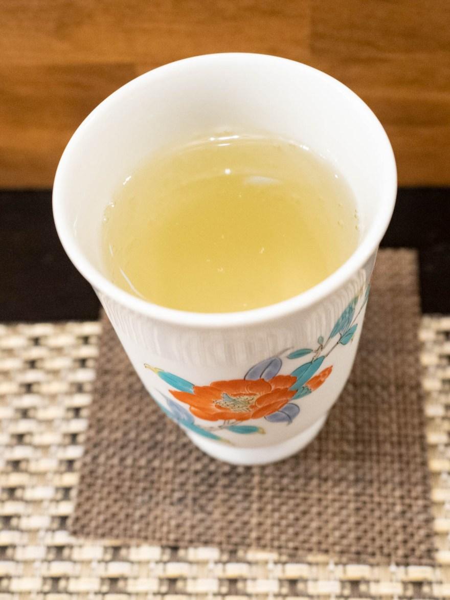 春雨:日本酒 宝剣
