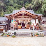 石上布都魂神社:拝殿