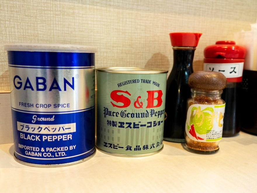 東珍康(トンチンカン):卓上の調味料