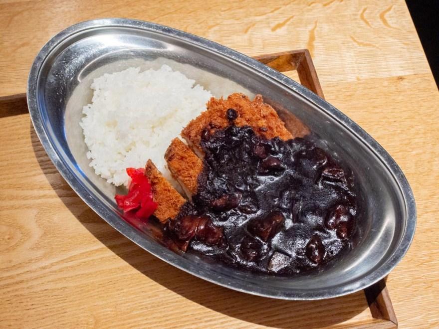 ボントレ珈琲店:牛スジ肉のカツカレー