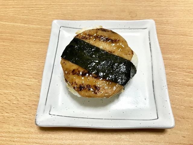 20180725_ローソン_炭火で焼いた鶏つくねおにぎり_02