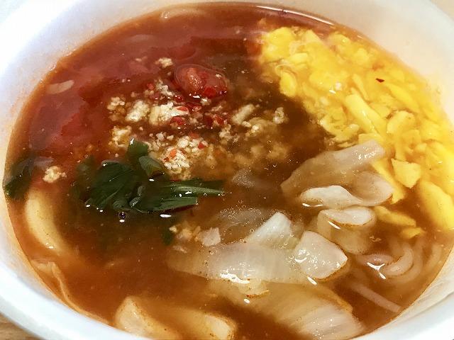 20180814_ローソン_こんにゃく麺の旨辛トマトスープ_04