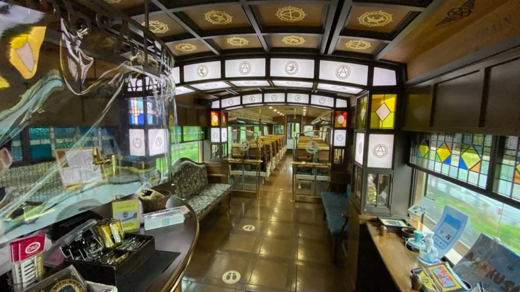 特急「A列車で行こう」とは? 〜終点の三角駅からは天草方面のクルーズ船とも接続 大人のための観光列車〜