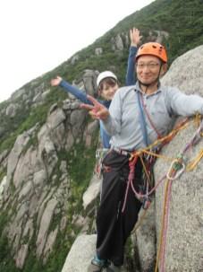 7月には、P2トップまで2ピッチを登るブーム。