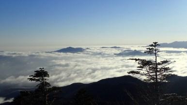 八ヶ岳東方の雲海