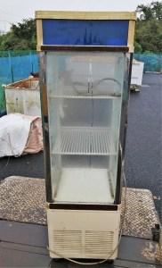 水戸市で業務用冷蔵庫ショーケースの不用品の引取り