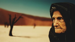 old-woman-desert-old-age-bedouin-40509-large