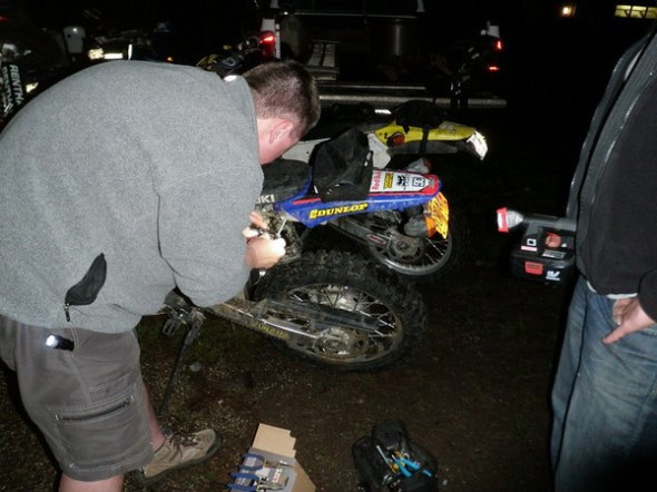 Replacing the battery in GLs DRZ