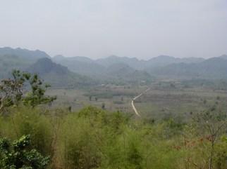 タイ カンチャナブリートレッキングツアー