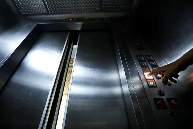 Transporte Manutenção é a chave para segurança nos equipamentos em residências ou prédios corporativos | Foto: Felipe Iruatã | Ag. A TARDE - Foto: Felipe Iruatã | Ag. A TARDE