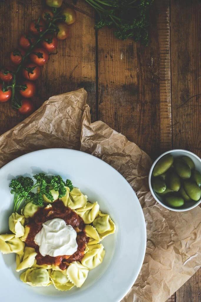 wednesday night dinner-pasta 2-family worship center