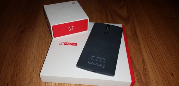 OnePlus One on top of box