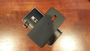 OnePlus 2 no back cover