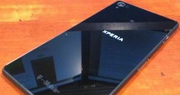Sony Xperia Z3 shows old design