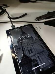 Essential Phone charging dock 1