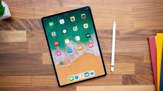 2018 iPad Pro on desk
