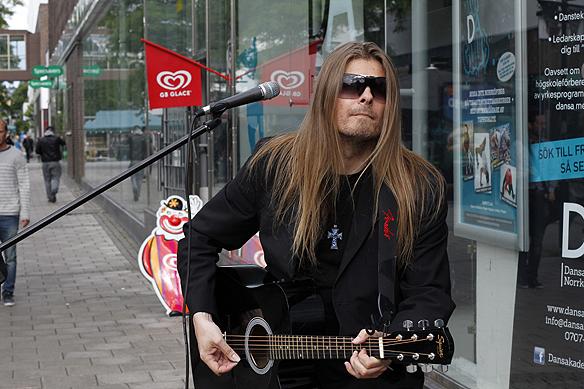 Peter ahlborg på turné. Foto: (arkivbild) Hasse Sukis