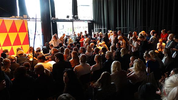 Publiken var entusiastisk över FI starka spurt i valen men det räckte inte. FI fick 3.1 procent i riksdagsvalet 2014.Foto: Peter Ahlborg