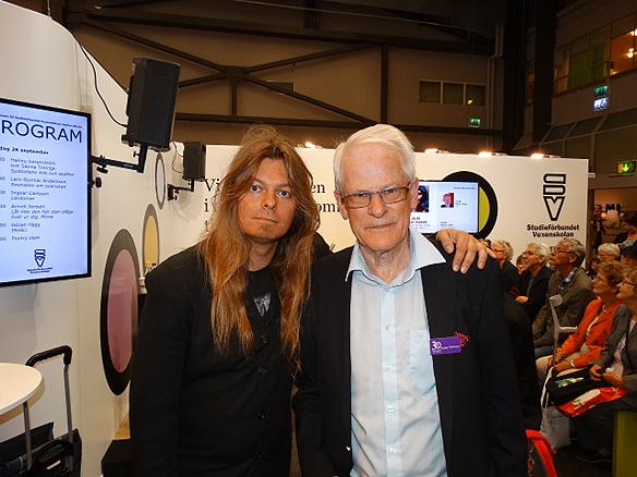 Peter Ahlborg och Ingvar Carlsson tillsammans under Bokmässan.