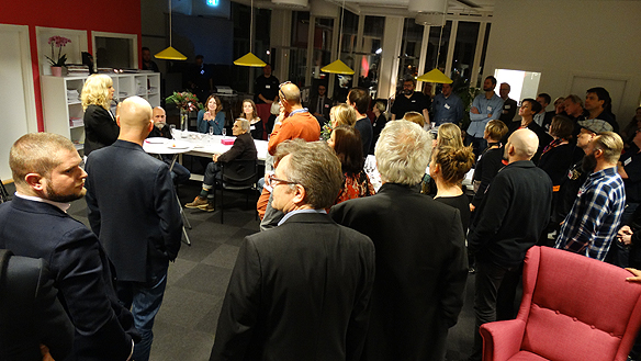 6116 Faktums VD Åse Hennell var mycket nöjd med tidningens utveckling och alla   sponsorers stora stöd. Foto: Peter Ahlborg