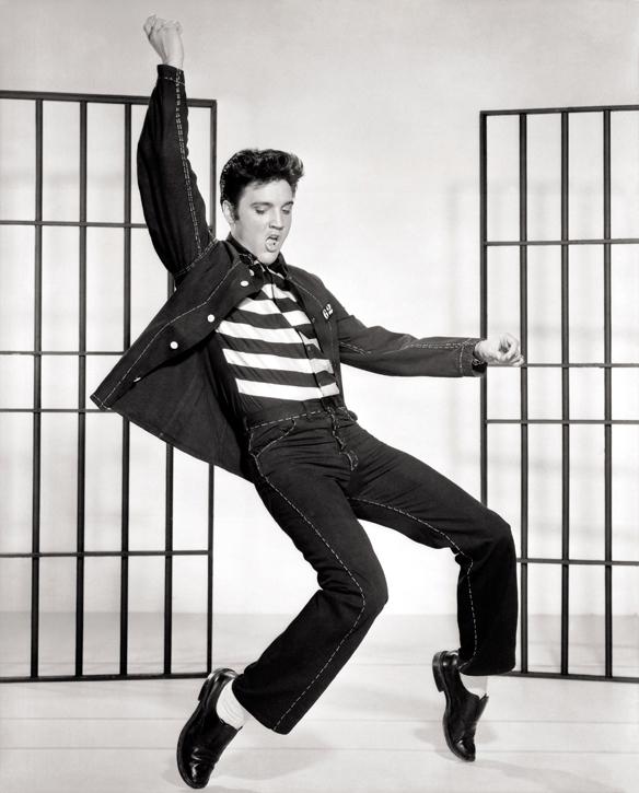 Elvis Presley var en oerhört givmild rockstjärna. Han gav bort allt från motorcyklar, bilar, hästar, diamantringar, bilar och hus till vänner och bekanta som han  kände.