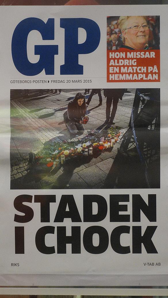 """""""Staden i chock"""" skriver GP på sin löpsedel fredagen den 20 mars 2015. Foto: Peter Ahlborg"""