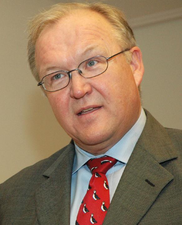 Lyssna på Göran Perssons råd Stefan Löfven hur du ska lösa bostadsbristen.