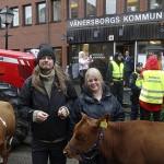 Stor uppmärksamhet i Vänersborg när Lantbruksskolornas nedläggning diskuterades i regionfullmäktige