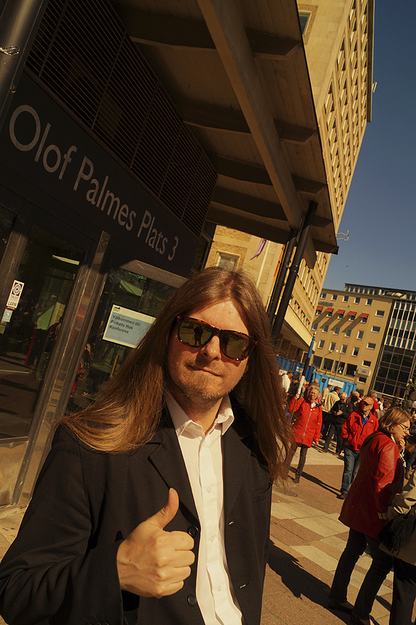 Peter Ahlborg, på Olof Palmes plats, strax efter att han medverkat på pressträffen där stadsministern Stefan Löfven presentera hur regeringen ska skapa nya moderna beredskaps jobb inom staten. Foto: Charlie Källberg