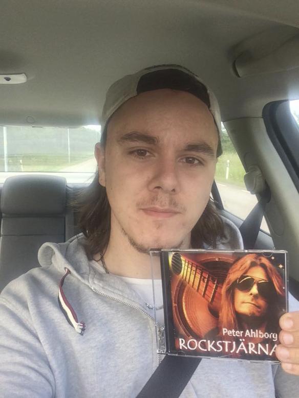 Linus Hjelm gillar Peter Ahlborgs musik
