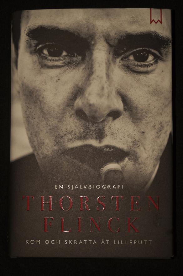"""Thorsten Flinck är aktuell med sin självbiografi """"Kom och skratta åt lilleputt"""". Foto: Peter Ahlborg"""